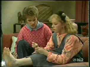 Daphne Clarke, Terry Inglis in Neighbours Episode 0137
