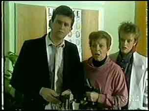 Des Clarke, Eileen Clarke, Daphne Clarke in Neighbours Episode 0139