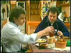 Shane Ramsay, Max Ramsay in Neighbours Episode 0140
