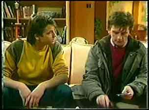 Shane Ramsay, Danny Ramsay in Neighbours Episode 0140