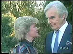 Helen Daniels, Douglas Blake in Neighbours Episode 0140