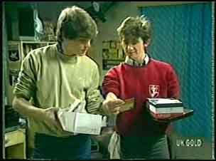 Scott Robinson, Danny Ramsay in Neighbours Episode 0140