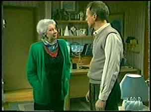 Bess Robinson, Jim Robinson in Neighbours Episode 0140