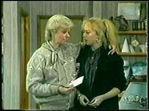 Helen Daniels, Terry Inglis in Neighbours Episode 0142