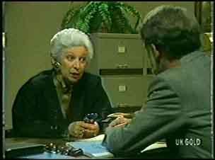 Bess Robinson, Edward Wigram in Neighbours Episode 0142