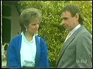 Daphne Clarke, Charles Durham in Neighbours Episode 0144