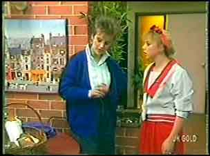 Daphne Clarke, Terry Inglis in Neighbours Episode 0144