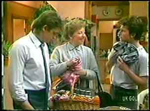 Shane Ramsay, Eileen Clarke, Danny Ramsay in Neighbours Episode 0144
