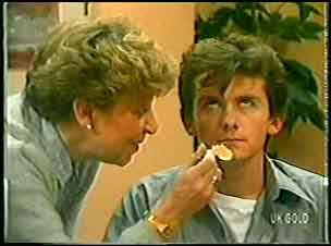 Eileen Clarke, Danny Ramsay in Neighbours Episode 0145