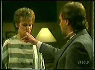 Daphne Clarke, Charles Durham in Neighbours Episode 0145