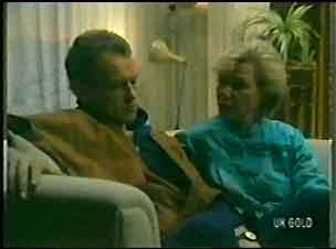 Jim Robinson, Helen Daniels in Neighbours Episode 0146
