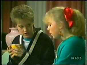 Daphne Clarke, Terry Inglis in Neighbours Episode 0147