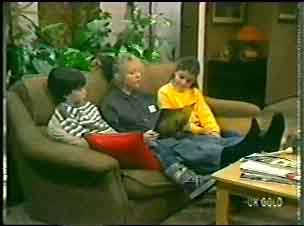 Michael Martin, Terry Inglis, Debbie Martin in Neighbours Episode 0147