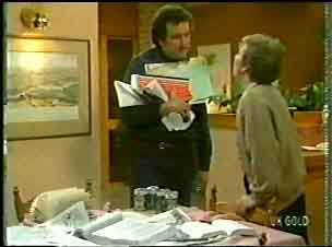 Max Ramsay, Eileen Clarke in Neighbours Episode 0147