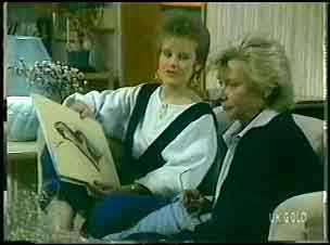 Daphne Clarke, Helen Daniels in Neighbours Episode 0148