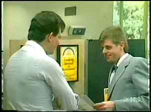 Colin, Des Clarke in Neighbours Episode 0148