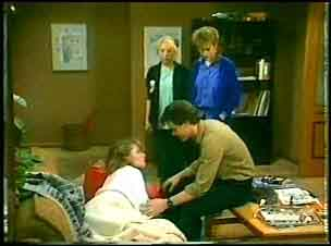 Julie Robinson, Paul Robinson, Terry Inglis, Daphne Clarke in Neighbours Episode 0148