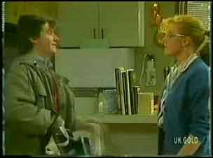 Danny Ramsay, Sarah Richards in Neighbours Episode 0149