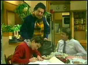 Danny Ramsay, Max Ramsay, Shane Ramsay in Neighbours Episode 0150