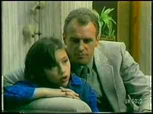 Lucy Robinson, Jim Robinson in Neighbours Episode 0150
