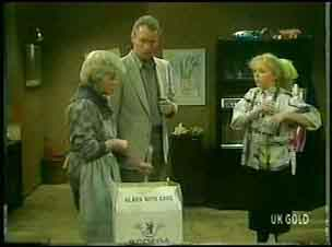 Helen Daniels, Jim Robinson, Terry Inglis in Neighbours Episode 0150