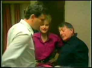 Des Clarke, Daphne Clarke, Harry Henderson in Neighbours Episode 0151