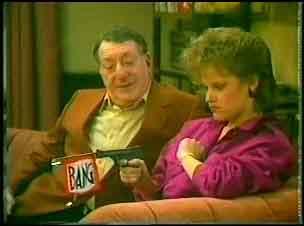 Harry Henderson, Daphne Clarke in Neighbours Episode 0151