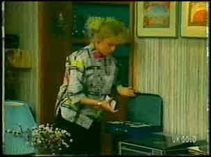 Terry Inglis in Neighbours Episode 0151