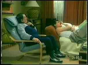 Harry Henderson, Des Clarke in Neighbours Episode 0151