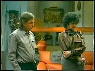 Charles Durham, Barbara Hill in Neighbours Episode 0151