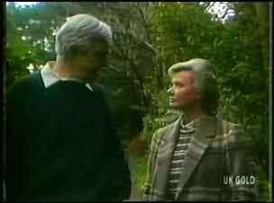 Douglas Blake, Helen Daniels in Neighbours Episode 0152