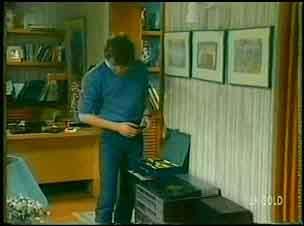 Scott Robinson in Neighbours Episode 0152