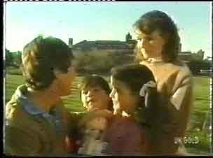 Philip Martin, Michael Martin, Debbie Martin, Julie Robinson in Neighbours Episode 0153