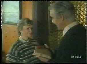 Helen Daniels, Douglas Blake in Neighbours Episode 0153