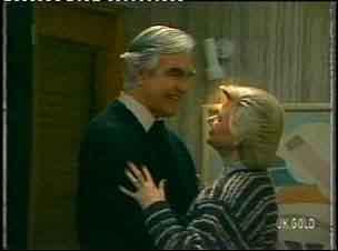 Douglas Blake, Helen Daniels in Neighbours Episode 0154