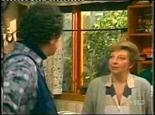 Max Ramsay, Eileen Clarke in Neighbours Episode 0154