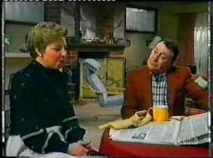 Eileen Clarke, George Young in Neighbours Episode 0155