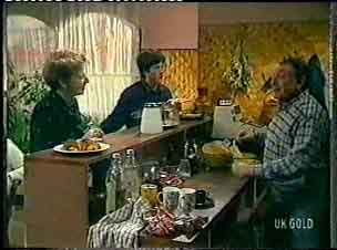 Eileen Clarke, Harry Henderson in Neighbours Episode 0155