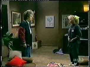 Daphne Clarke, Terry Inglis in Neighbours Episode 0156