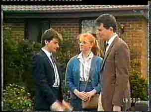 Danny Ramsay, Sarah Richards, Des Clarke in Neighbours Episode 0157