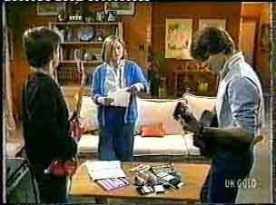Danny Ramsay, Fiona, Scott Robinson in Neighbours Episode 0157