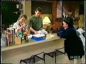 Daphne Clarke, Des Clarke, Harry Henderson in Neighbours Episode 0158