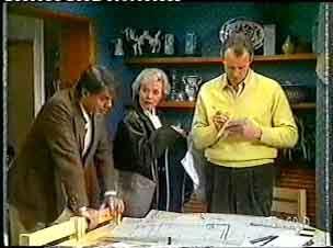 Businessman, Helen Daniels, Jim Robinson in Neighbours Episode 0158