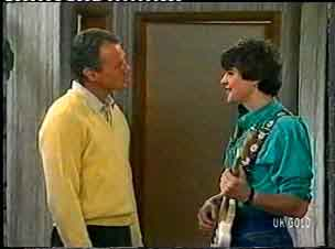 Jim Robinson, Scott Robinson in Neighbours Episode 0159