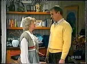 Helen Daniels, Jim Robinson in Neighbours Episode 0159