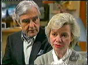 Douglas Blake, Helen Daniels in Neighbours Episode 0159