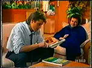 Shane Ramsay, Max Ramsay in Neighbours Episode 0160
