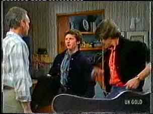 Jim Robinson, Danny Ramsay, Scott Robinson in Neighbours Episode 0160