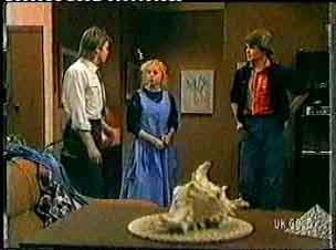 Shane Ramsay, Terry Baker, Scott Robinson in Neighbours Episode 0160