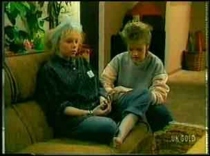 Terry Inglis, Daphne Clarke in Neighbours Episode 0161